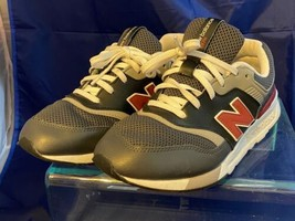 New Balance QRHH7HHY Jogging/Running Shoes US Size 6.5 Women's Pre-Owned - $38.60