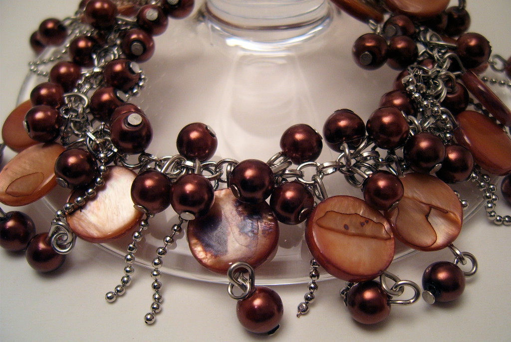Bracelet Sea Shell Pearls Peachy Mother of Pearl Pink