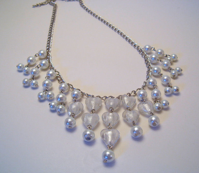 Necklace white pearl azure glass beads