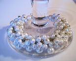Bracelet white pearl thumb155 crop