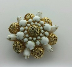 VINTAGE FILIGREE WHITE MILK GLASS JULIANA RHINESTONE BROOCH PIN - $70.00