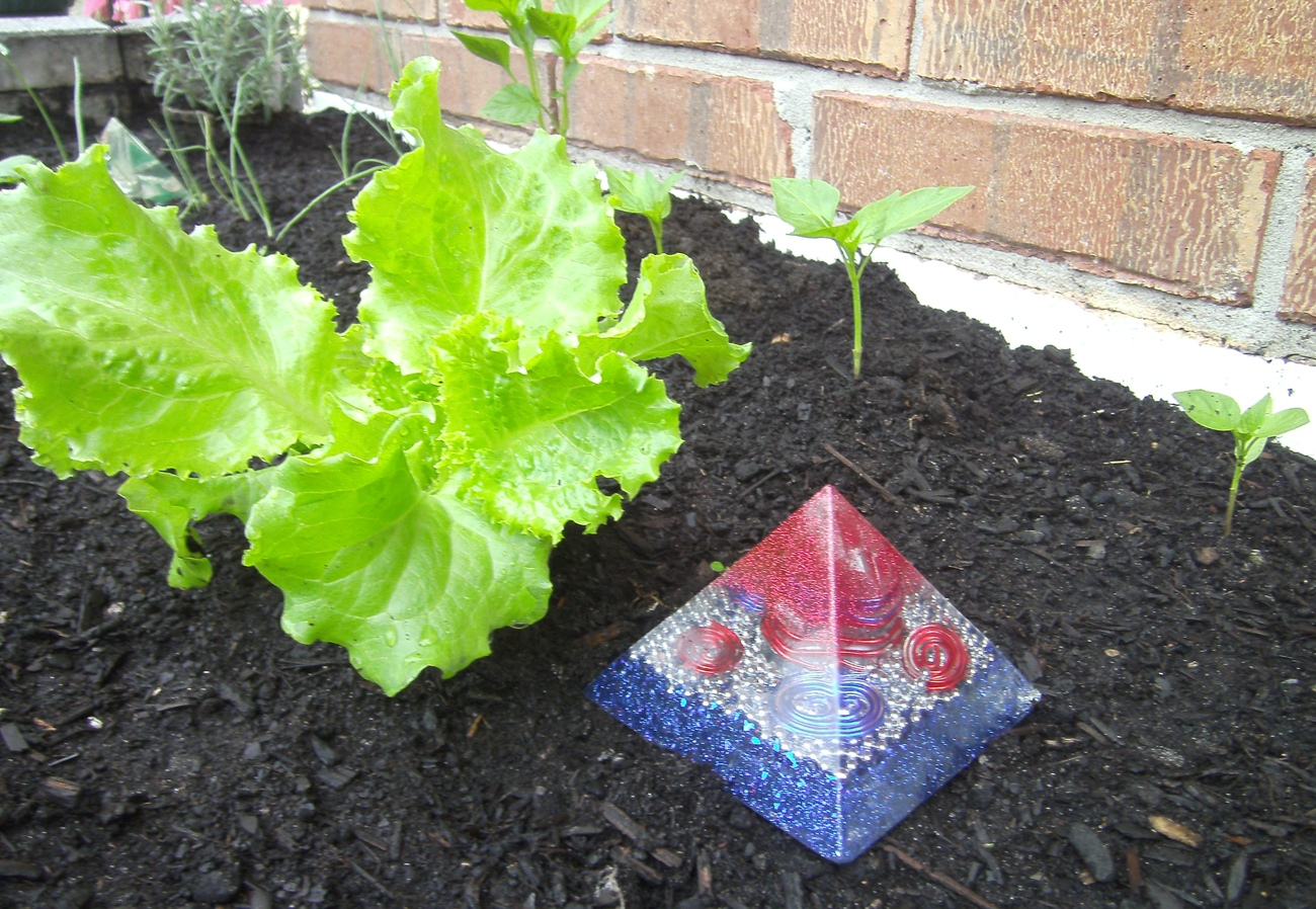 "Orgone Energy Pyramid ""LARGE"""
