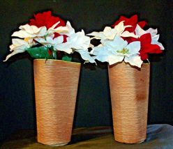 Shawnee USA 879 Floral Vases Pair  AA-191965  Collectible image 6
