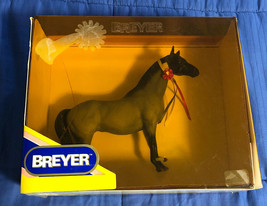 1995 Breyer Collectible Horse - New Old Stock - Comes in Box - $17.81