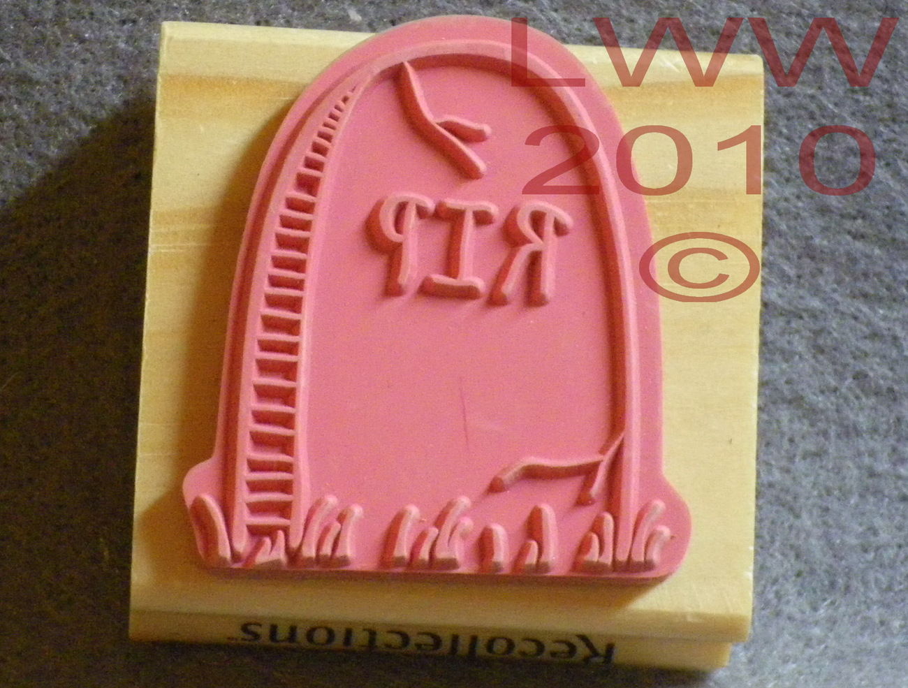 Wood-mounted RIP Halloween Tombstone Rubber Stamp