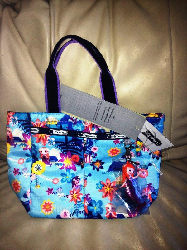 Primary image for Lesportsac Disney IASW Tahitian Dreams Collection Junior Junior Everygirl Tote N