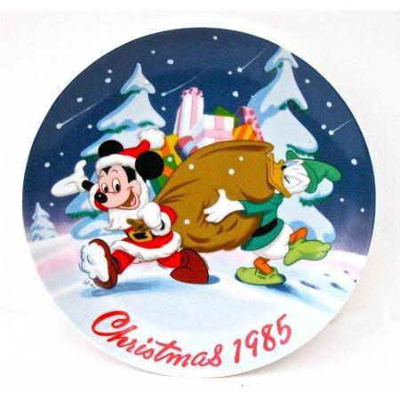Primary image for Limited Edition #3095 Disney 1985 Santa's Helpers collectors plate