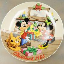 Limited Edition #5214 Disney Christmas 1986 collectors plate Mistletoe Magic - $35.01