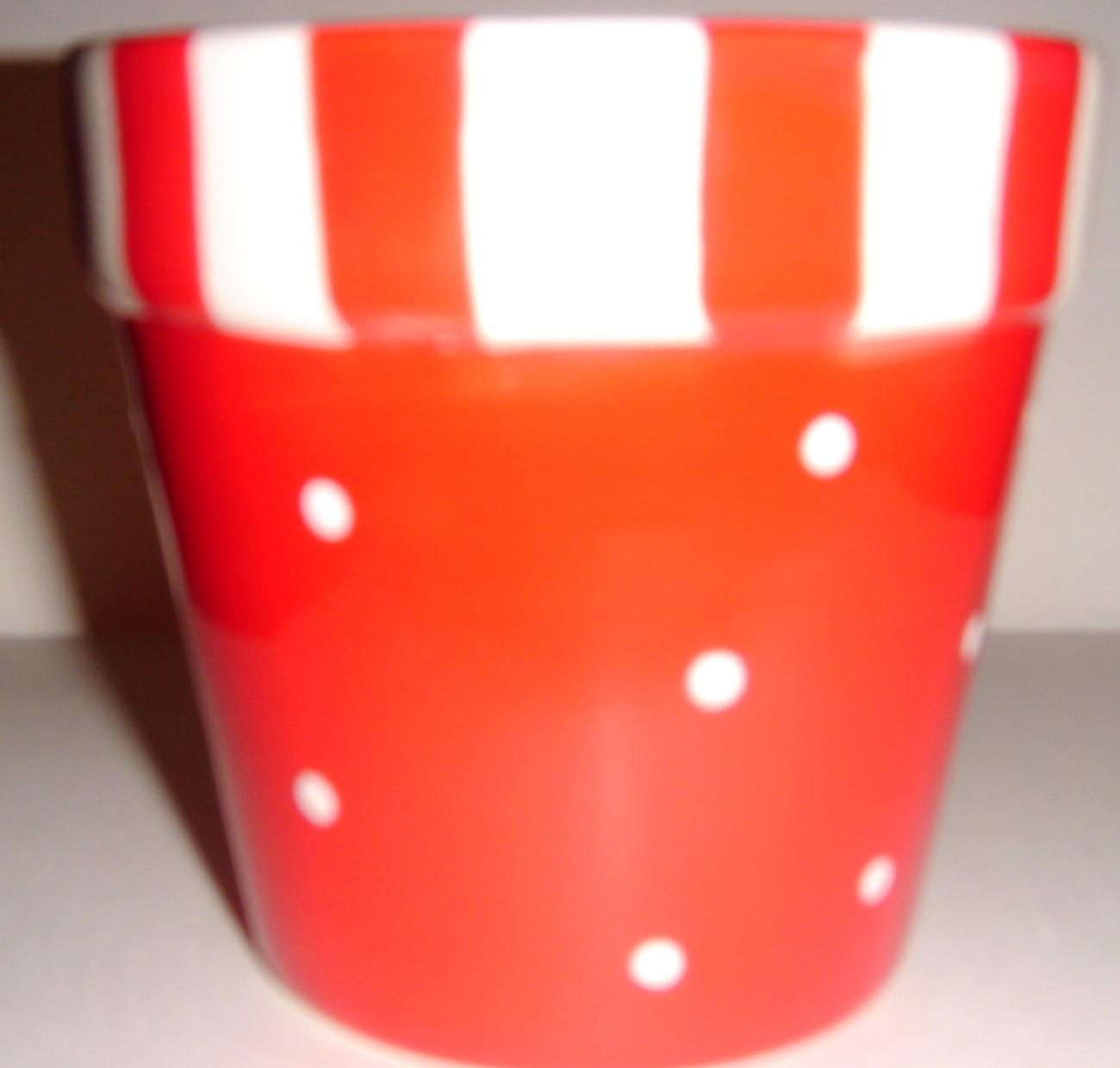 Red & White Ceramic Pot Shaped + Tea Light & Paperwhite
