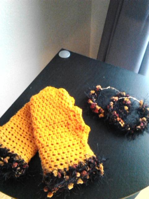 Orange Fingerless Gloves & Hoop Earrings Set