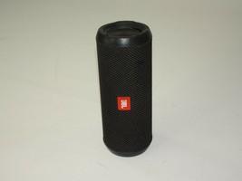 JBL Flip 3 Portable Speaekr - Black - $61.39 CAD