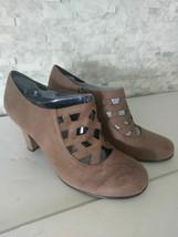 Women's Aerosoles Fabric Heel Boots zips Size 9.5 - $29.69