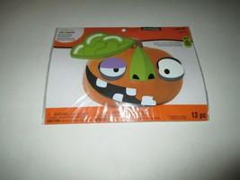 New Creatology Halloween Wood Pumpkin Decorating Kit - $75,80 MXN