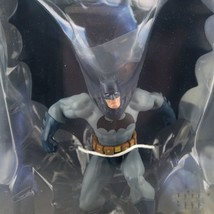 DC Universe Online Batman Action Figures With Base Toys With Box 20cm - $56.70