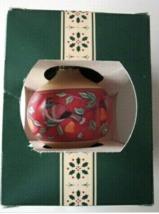Carlton Cards Heirloom 1990  Christmas Ornament -E7 - $13.29