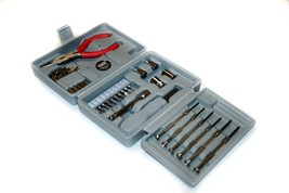 American Builder 31-Piece Tool Set with Carrying Case - $14.99