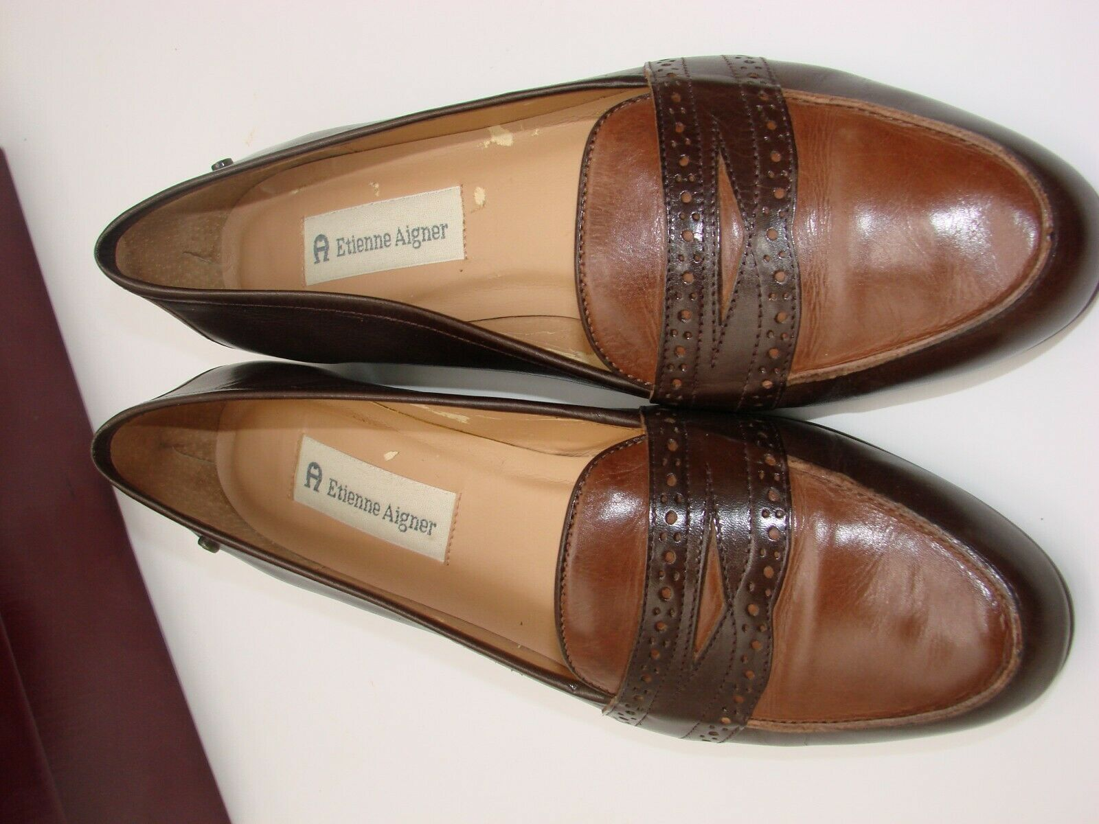 EUC Etienne Aigner Women's Two Tone  Slip on Loafer Casual, Career Size 81/2M image 4