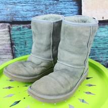 Ugg Australia Size 9 Light Blue Classic Short Suede Sheepskin Winter Boots - $49.49