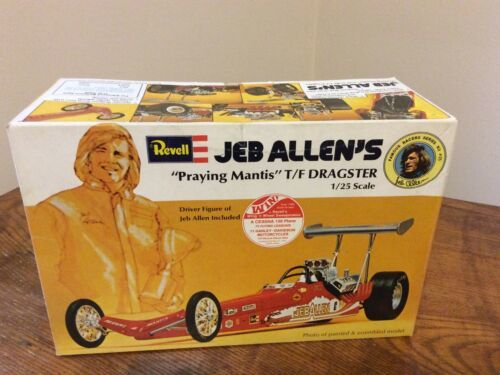 Primary image for Revell 1975 JEB ALLEN PRAYING MANTIS DRAGSTER VINTAGE 1/25 MODEL CAR MOUNTAIN