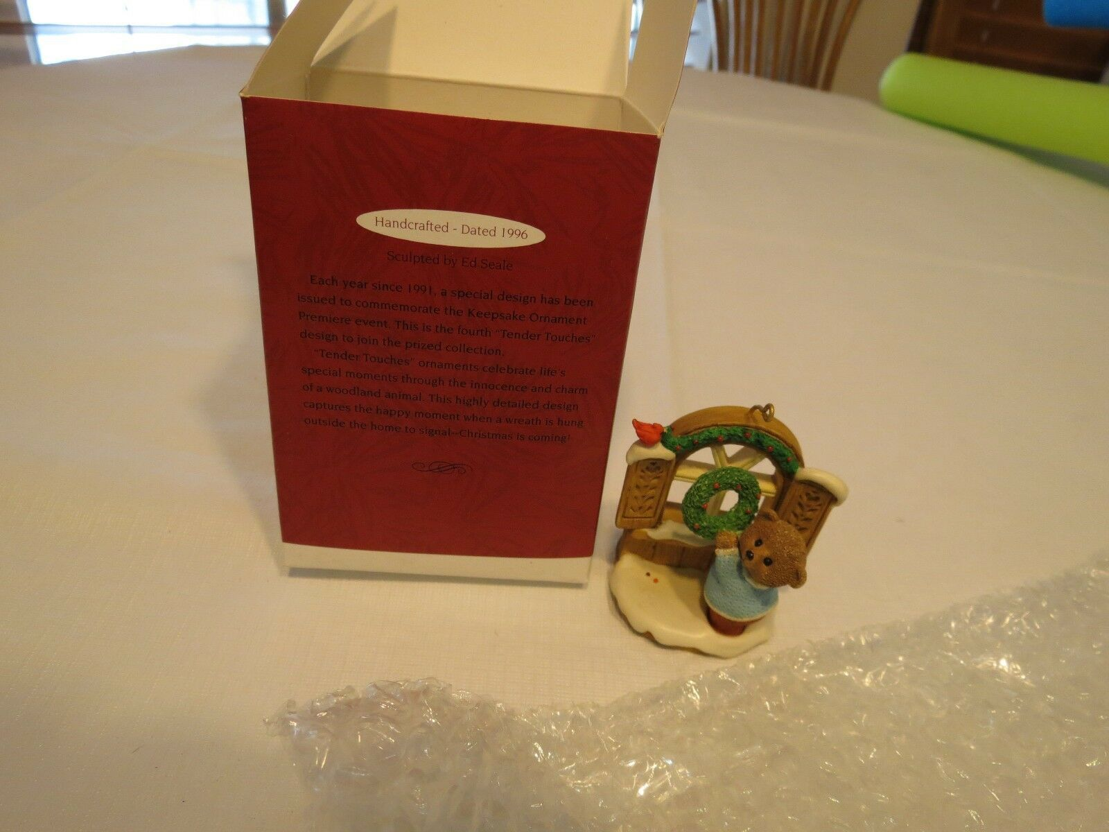 Hallmark Welcome Sign Tender Touches 1996 Ornament Christmas Keepsake RARE NOS image 3