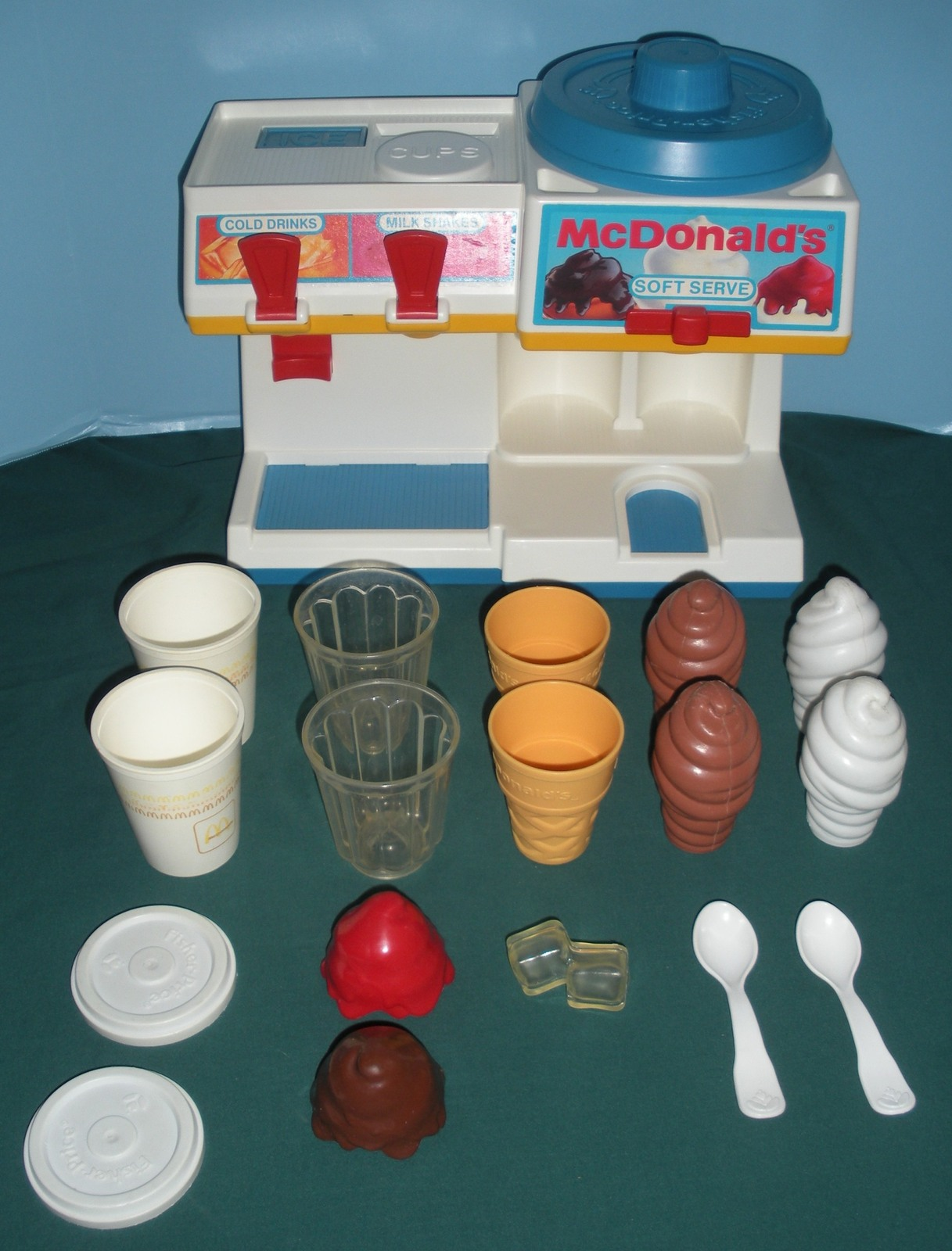 Vtg. Fisher Price Fun w/Food #2118 McDonald's Soda Fountain Comp/EXC++-NR MT M