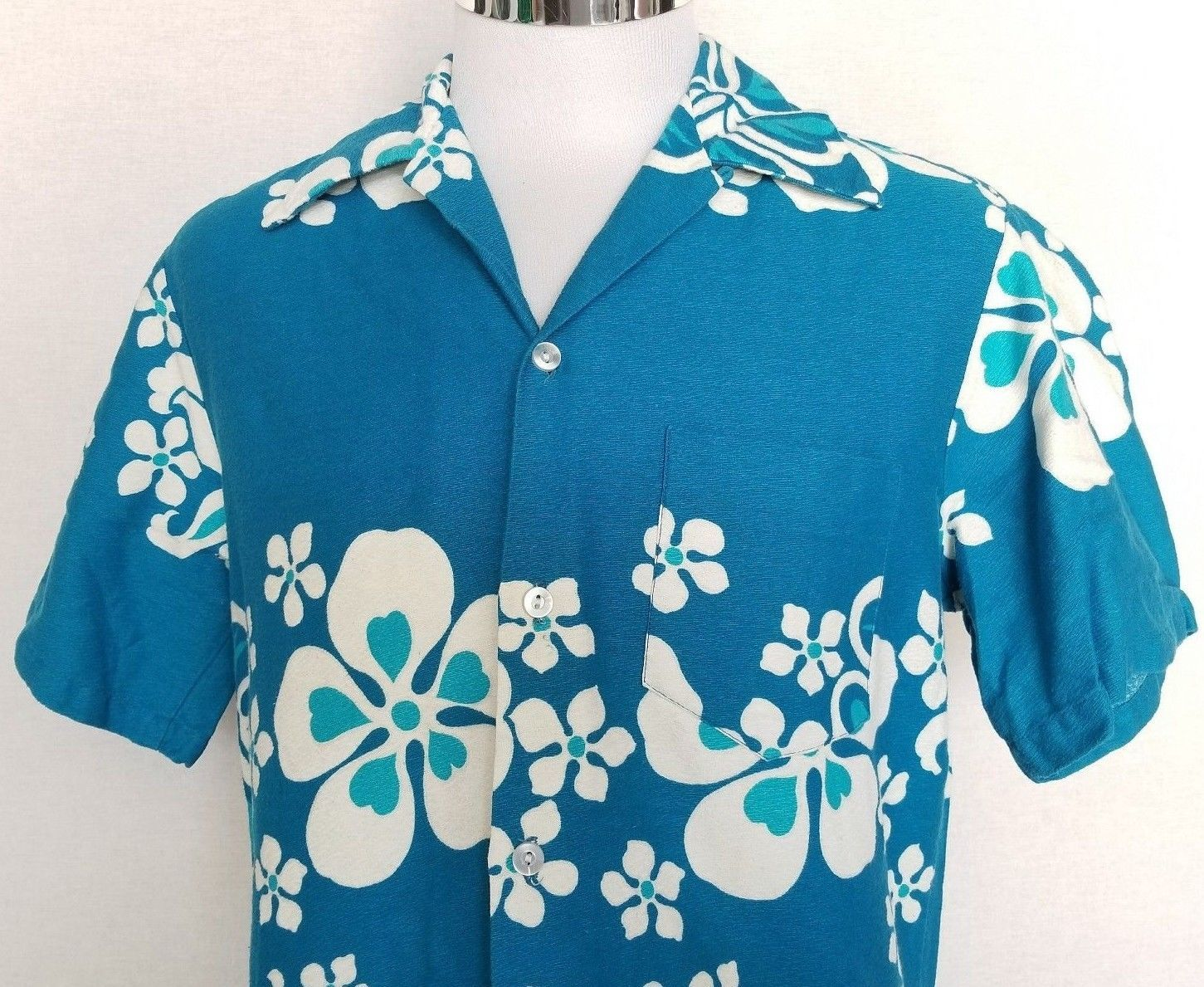 8704a7ca8 Vintage Sears Hawaii Blue White Floral and 50 similar items