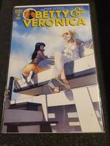 Betty&Veronica #3 Adam Hughes Cover Art Variant Archie Comics-NO RES-FRE... - $16.81