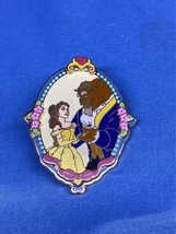 WDW Princess Pair - Oval Frame Belle and Beast - 3D 2003 - $9.99