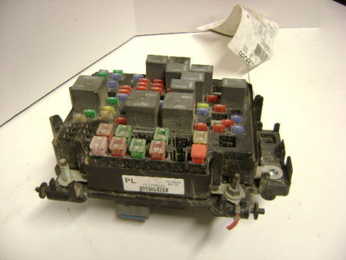 06 07 Chevy Silverado Gmc Sierra Engine Fuse Box Oem