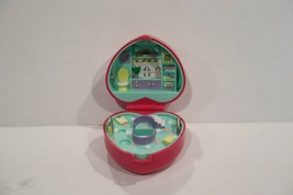 1991 Polly Pocket Bath Time Fun Ring Compact Bluebird Toys - $14.99