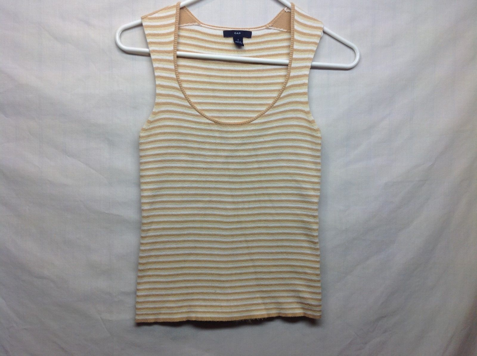 Ladies White Cream Beige Striped Scoop Neck Sweater Vest by GAP Sz S