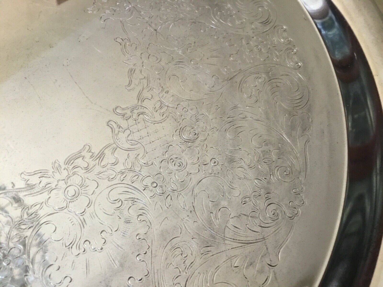 """VTG W.M. Rogers Silver Plated Serving Tray Detailed Etchings Hallmarked 15"""""""