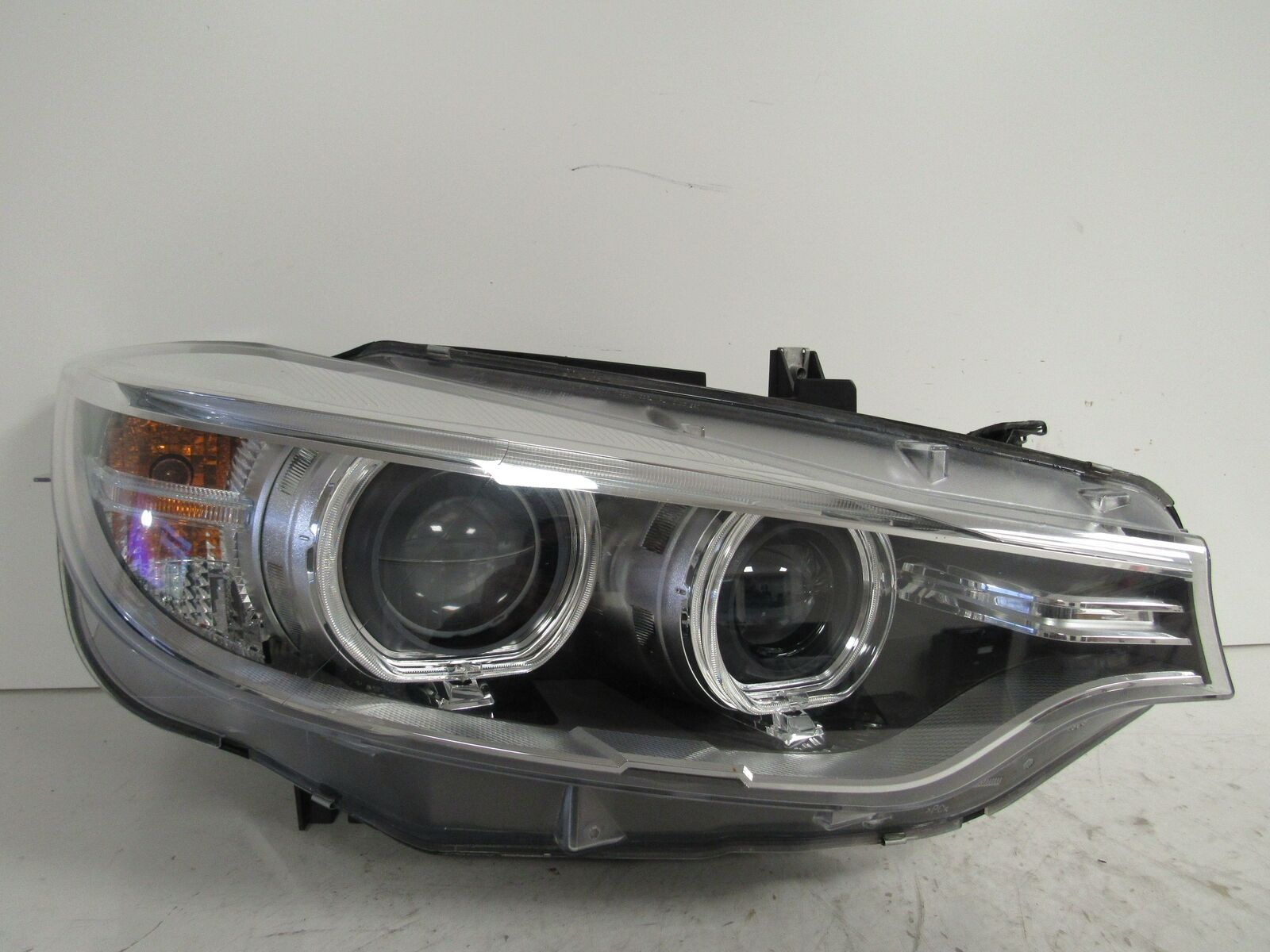 Primary image for 2014 2015 2016 BMW 4-SERIES PASSENGER RH XENON HID HEADLIGHT OEM C6R