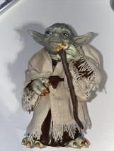 "1997 Star Wars Yoda Hasbro articulated Figurine 4.75"" Nice - $13.10"