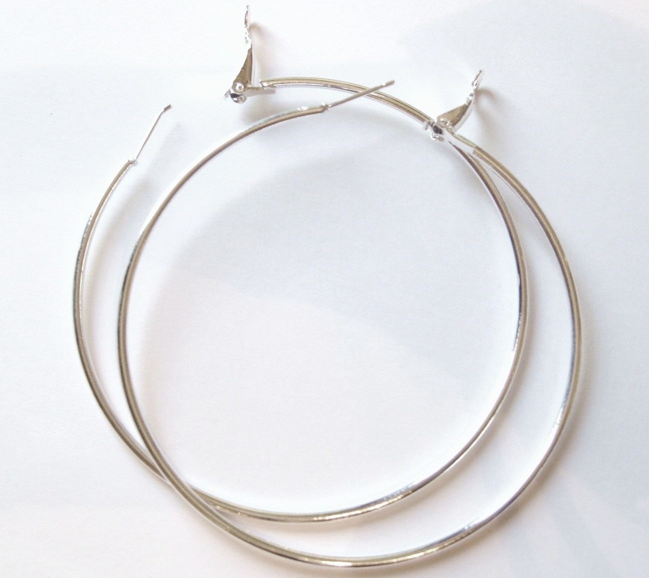 Ea86 extra large slver hoop 2.75 inch