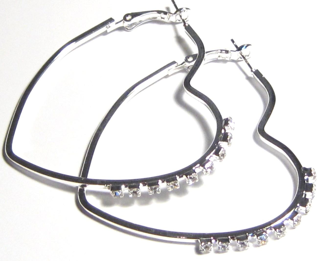 Ea99 heart cz earrings