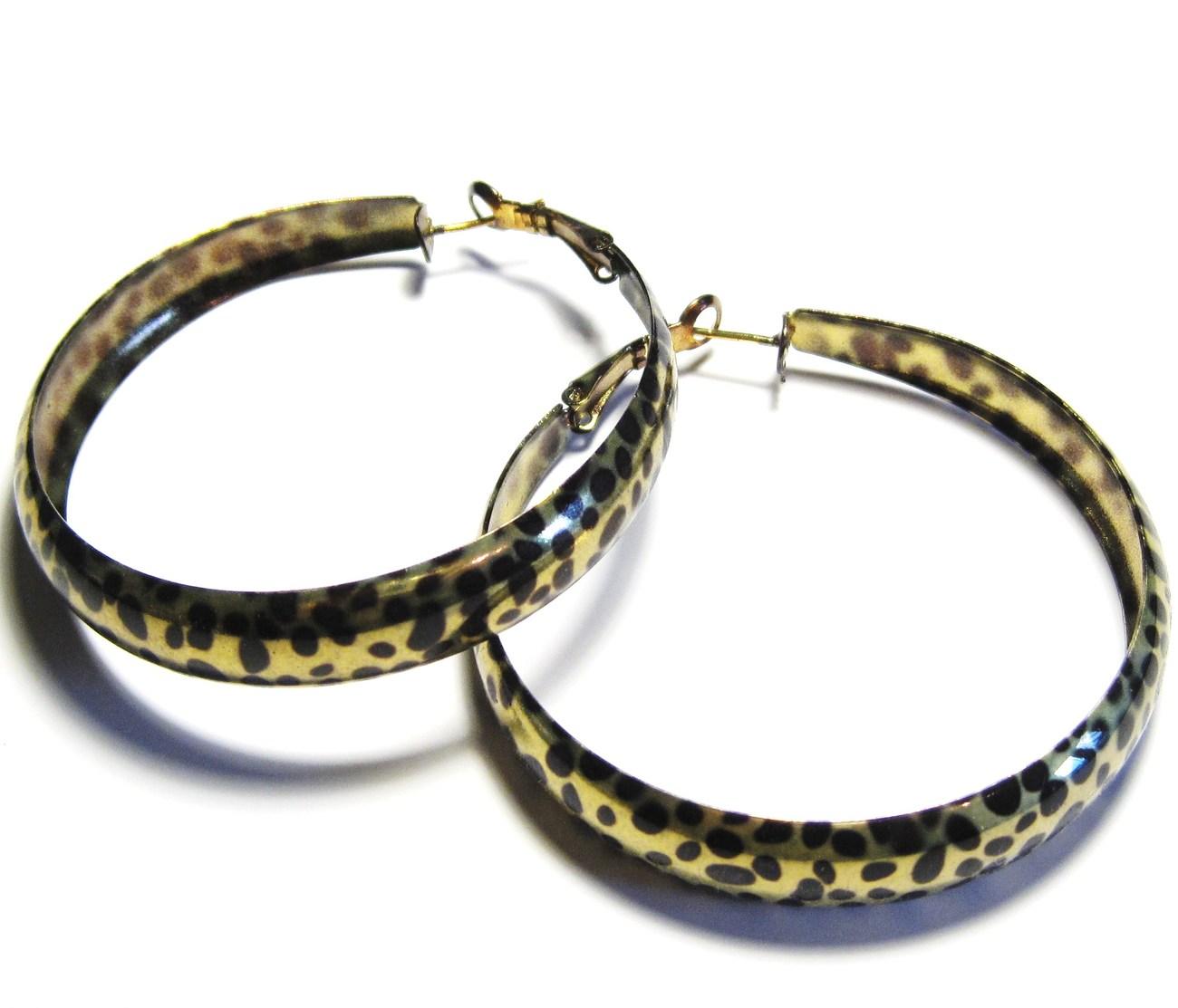 Ea105 gold leopard hoop