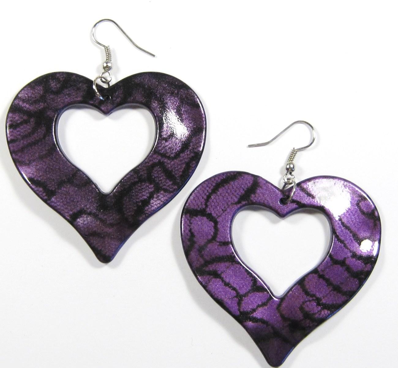 Ea136 purple heart earrings