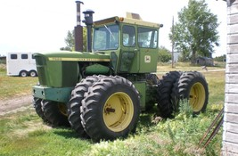 1974 John Deere 7520 Tractor For Sale In Selby, SD 57472 image 2