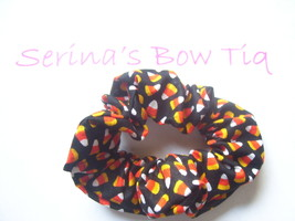 HALLOWEEN CANDY CORN BLACK PONYTAIL HOLDER WRAP HAIR SCRUNCHIES - $2.99
