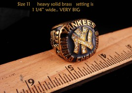 Vintage Baseball Ring - 1977 championship - New York Coach gift -  Yankees image 5