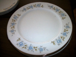 NEW Lennold Fine China Rhapsody 1812  Dinner Plate  BLUE ROSES - $10.88