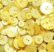 100 Yellow Buttons - random assortment, multi button sizes, bulk buttons - $6.00