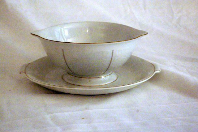 Primary image for Rosenthal White Velvet Gravy Boat With Under Plate Continental Line Gold Trim