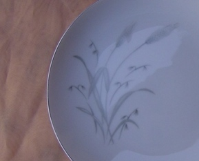 Fine China of Japan Spring Wheat Bread Plate