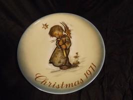 Christmas 1971 Berta Hummel Plate - Schmid - First Edition - $5.00