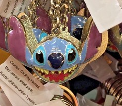 Disney Parks Exclusive Stitch Face  Enamel Keychain Keyring New - $15.51