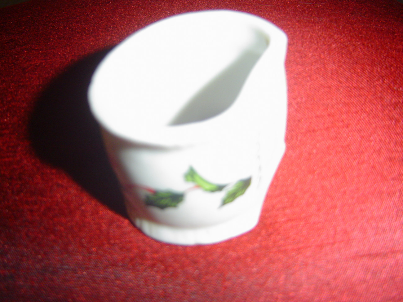 Lefton Boughs of Holly Christmas Napkin Ring