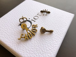 """SALE** AUTH Christian Dior 2019 """"J'ADIOR"""" EARRINGS Aged Gold Bee Wasp image 4"""