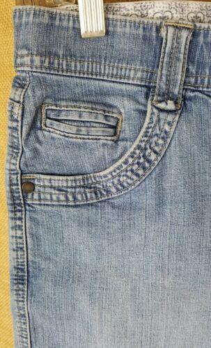 Lee women 8 high waist short jeans pants blue image 2